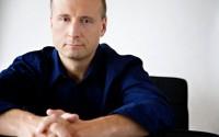 Pour l'inauguration de la Philharmonie, Paavo Järvi dirige la Suite n°2 de Daphnis et Chloé de Ravel, qui a également été donnée à l'ouverture de l'Auditorium de Radio France.  © Sheila Rock.