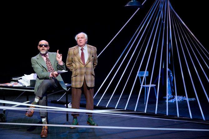 Jacques Bonnaffé et Olivier Saladin, duo clownesque. © Giovanni Cittadini Cesi