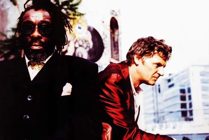 James Blood Ulmer & Rodolphe Burger - Critique sortie Jazz / Musiques Vitry-sur-Seine Théâtre Jean-Vilar
