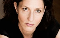 La soprano Stella Doufexis chante L'Amour et la vie d'une femme de Schumann.
