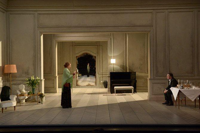 La Bête dans la jungle / La Maladie de la mort - Critique sortie Théâtre Paris Théâtre national de la Colline.