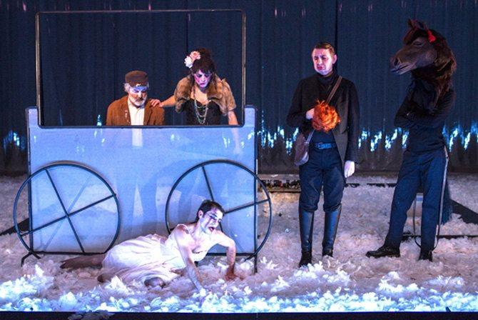Requiem - Critique sortie Théâtre Tours Théâtre Olympia