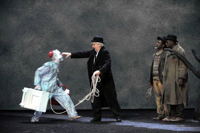 EN ATTENDANT GODOT - Critique sortie Théâtre Paris Théâtre de l'Aquarium La Cartoucherie