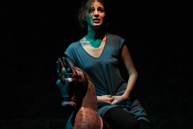 Lâleh, une fleur en partage - Critique sortie Théâtre Paris Manufacture des Abbesses