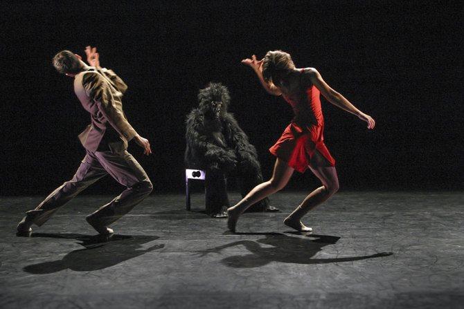 deGeneration - Critique sortie Danse Paris Théâtre des Abbesses
