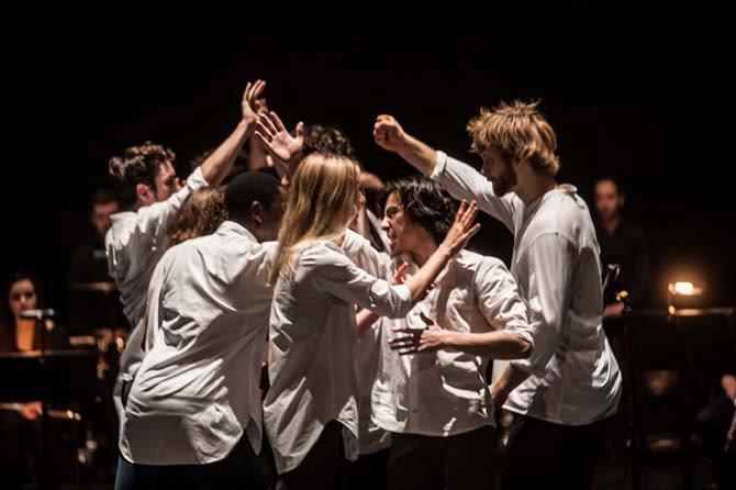 June Events - Critique sortie Danse Paris Atelier de Paris-Carolyn Carlson