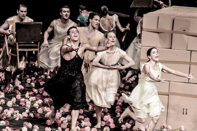Nelken & Pour les enfants d'hier, d'aujourd'hui et de demain - Critique sortie Danse Paris Théâtre du Châtelet