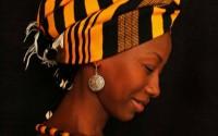 La chanteuse Fatoumata Diawara, programmée au Festival des cultures africaines. Crédit visuel : Mali Serena Aurora Erotico
