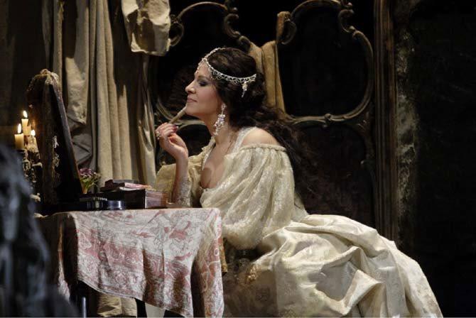 Adriana Lecouvreur - Critique sortie Classique / Opéra Paris Opéra Bastille