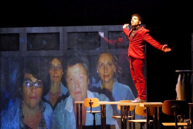 A plates coutures - Critique sortie Avignon / 2015 Avignon Théâtre du Roi René