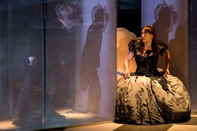 Alice - Critique sortie Avignon / 2015 Avignon Théâtre du Chêne Noir