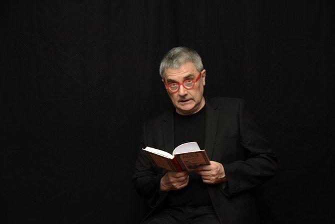 « Alors, ç'a été ? » ou le récit d'un indécis - Critique sortie Avignon / 2015 Avignon Théâtre de L'Albatros