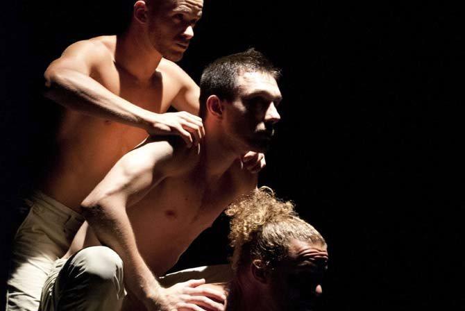 Les 3 singes - Critique sortie Avignon / 2015 Avignon Théâtre Golovine