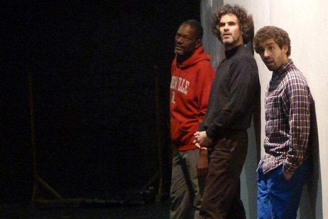 O vous Frères humains - Critique sortie Avignon / 2015 Avignon Théâtre des Halles