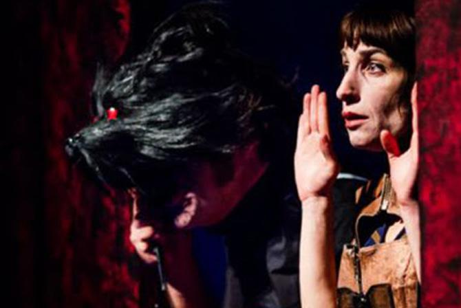 Une Chenille dans le cœur - Critique sortie Avignon / 2015 Avignon Espace Alya