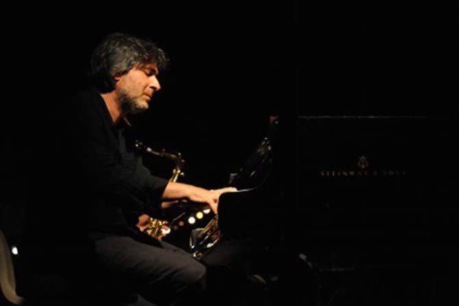Légende : le compositeur Alexandros Markéas. © Arthur Péquin