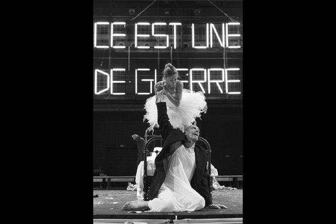 © Christophe Raynaud de Lage Lear (Philippe Girard) et Cordélia.