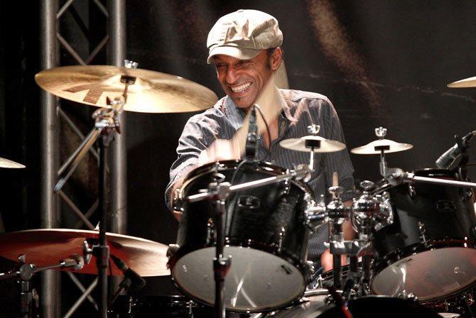 Le batteur Manu Katché viendra présenter son nouvel album « Live in concert » jeudi 4 février. © Visual/ACT Records