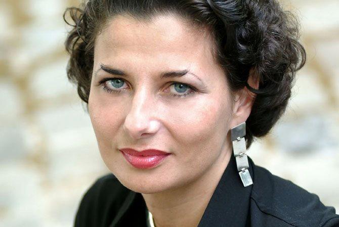 Valérie Baran / Les dix ans du Tarmac - Critique sortie Théâtre Paris Le Tarmac