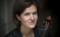 La violoniste Elsa Grether révèle les sonates pour violon et piano de Vierne et Pierné avec la complicité de François Dumont. © Jean-Baptiste Millot