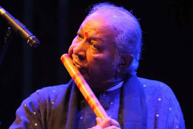 Hariprasad Chaurasia - Critique sortie Jazz / Musiques Paris Théâtre des Abbesses