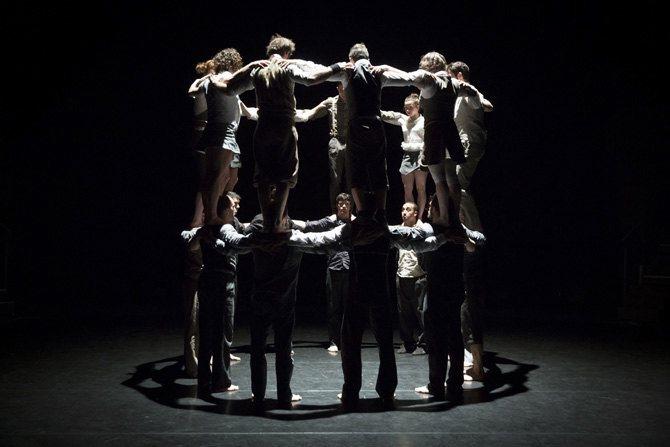 Il n'est pas encore Minuit - Critique sortie Théâtre Paris Espace Chapiteaux de La Villette