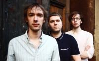 Le trio GoGo Penguin évolue aux frontières du jazz le plus actuel.