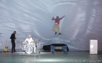 Les Glaciers grondants, un spectacle écrit et mis en scène par David Lescot. Crédit : Pascal Victor