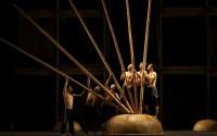Le panier, un accessoire fétiche de la dernière pièce du cirque vietnamien Crédit : Nguyen The Duong