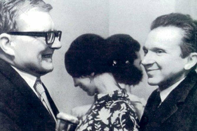Légende : Dimitri Chostakovitch et Mieczysław Weinberg. © DR