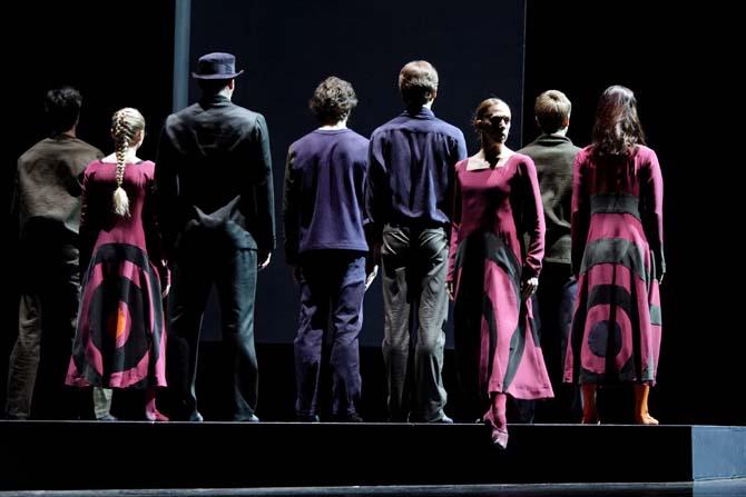 FROM BLACK TO BLUE - Critique sortie Danse Paris Théâtre des Champs-Élysées
