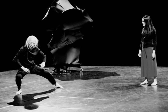 Je danse parce que je me méfie des mots - Critique sortie Danse Paris La Ménagerie de Verre