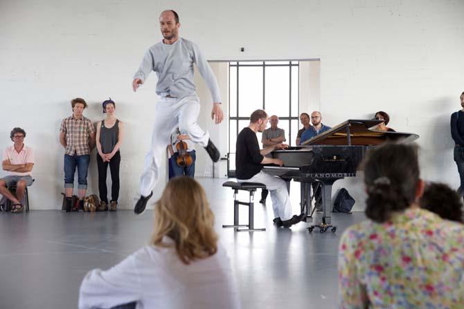 Work, Travail, Arbeid - Critique sortie Danse