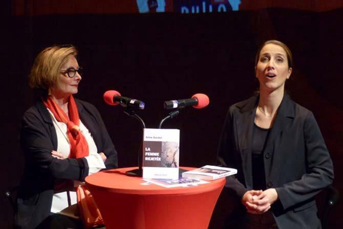 Légende : Louise Doutreligne et Magali Paliès, mezzo soprano.