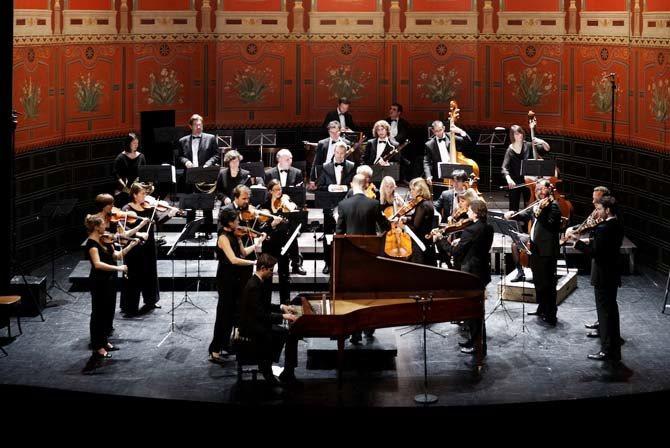 La salle du premier Conservatoire accueille la saison parisienne du Palais Royal. © Laurent Prost