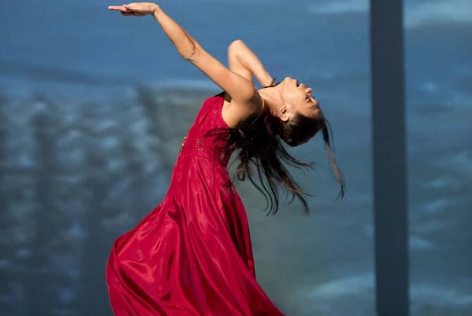 Pina Bausch :  Auf dem Gebirge hat man ein Geschrei gehört et Agua - Critique sortie Danse Paris Théâtre du Châtelet