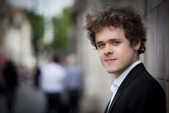 Benjamin Grosvenor - Critique sortie Classique / Opéra Paris Fondation Louis Vuitton