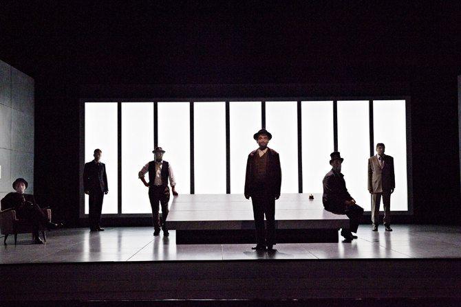 CHAPITRES DE LA CHUTE (SAGA DES LEHMAN BROTHERS) - Critique sortie Théâtre Paris Théâtre du Rond-Point