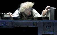 Jacques Weber dans La dernière bande, mise en scène par Peter Stein. Crédit : Dunnara Meas
