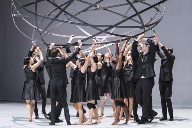 Sidi Larbi Cherkaoui en grand - Critique sortie Danse Paris Grande Halle de la Villette