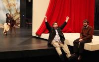 On ne sait comment, mis en scène par Marie-José Malis au Théâtre de La Commune. Crédit : Denise Oliver Fierro