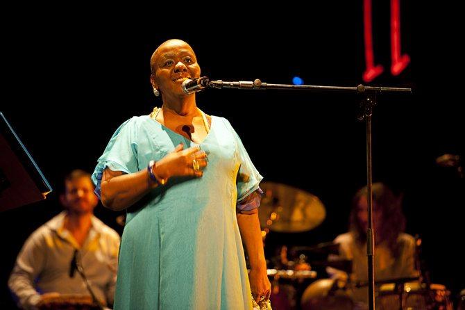 Mor Karbasi / Virginia Rodrigues - Critique sortie Jazz / Musiques Paris new morning
