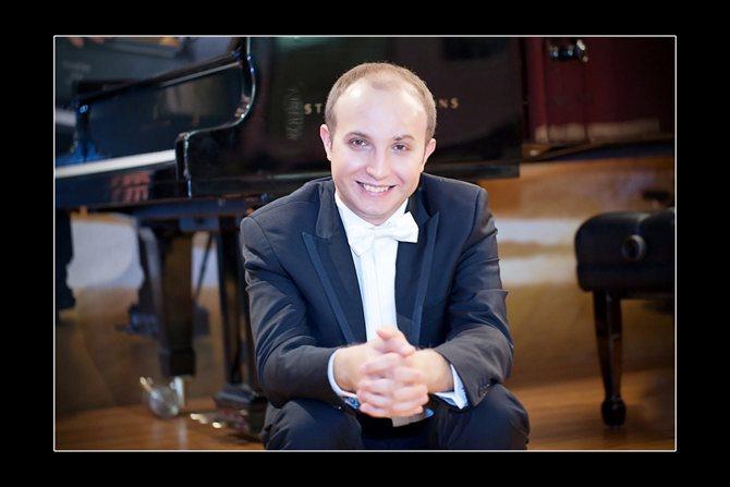 Le pianiste Alexander Gavrylyuk. © Mika Bovan