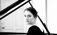La pianiste Maria Gabrys ouvre le 7e festival Chopin au Jardin du Luxembourg. © DR