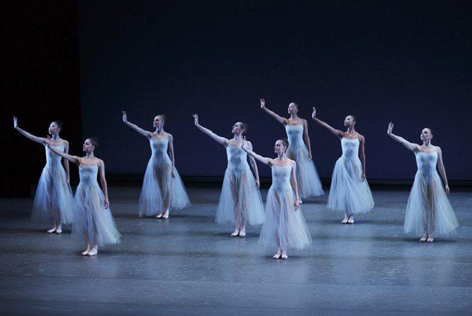 Les Etés de la Danse - Critique sortie Danse Paris Théâtre du Châtelet