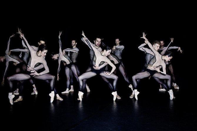 Festival Montpellier Danse - Critique sortie Danse Montpellier Agora Cité internationale de la danse