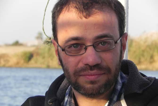 Crédit : DR Légende : Le metteur en scène syrien Omar Abusaada.