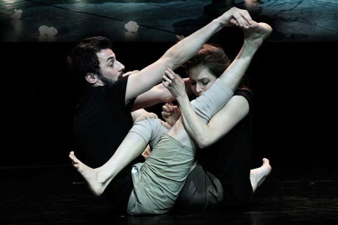 Domino - Critique sortie Avignon / 2016 Avignon Avignon Off. Théâtre Golovine