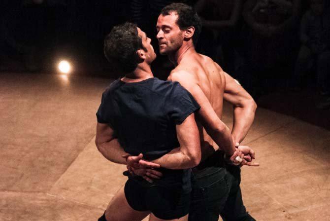 Ensemble - Critique sortie Avignon / 2016 Avignon Avignon Off. Espace Vincent de Paul