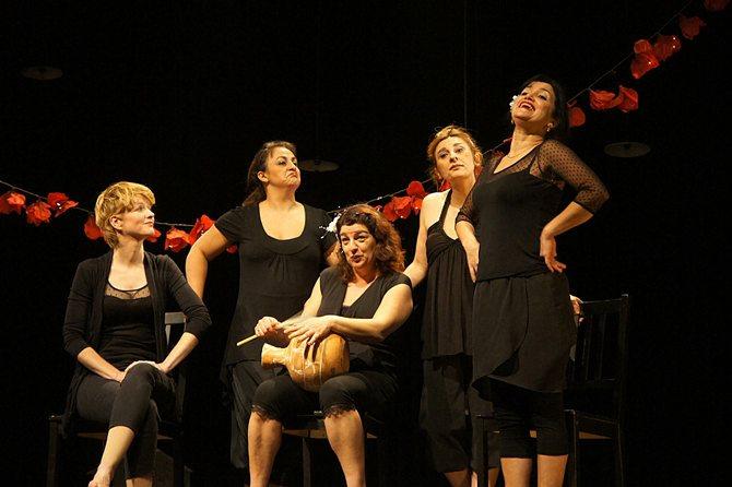 Les Hormones Simone ! - Critique sortie Avignon / 2016 Avignon Avignon Off. Théâtre des Lucioles